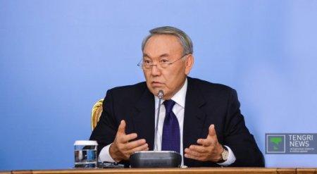 """Проверить соблюдение закона """"О языках"""" по всем областям РК поручил Назарбаев"""