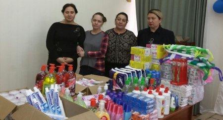 Школьники Актау на заработанные деньги купили подарки для детей из детской деревни
