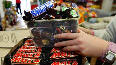 Mars отзывает батончики в 55 странах мира из-за пластика в шоколаде