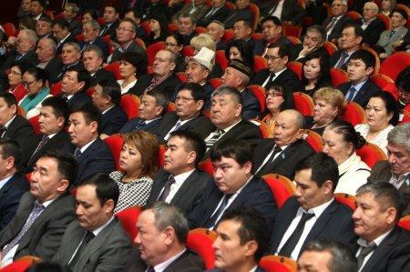 Алик Айдарбаев: Недостроенные онкологический диспансер и жилой комплекс «Акку-1» остались в наследство от прошлого руководства
