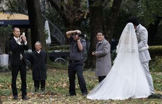 В Японии сняли запрет женщинам полгода не выходить замуж после развода