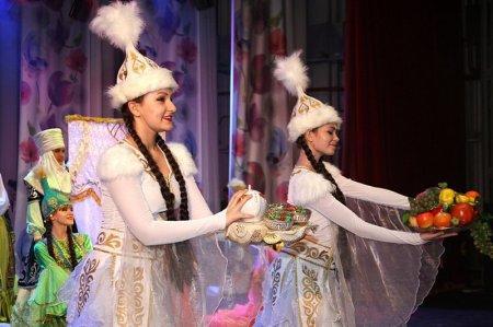 В Актау детскому театру-студии моды «Колибри» исполнилось 15 лет