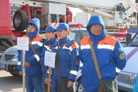 Мангистауские спасатели отработали готовность к чрезвычайным ситуациям во время весенних паводков