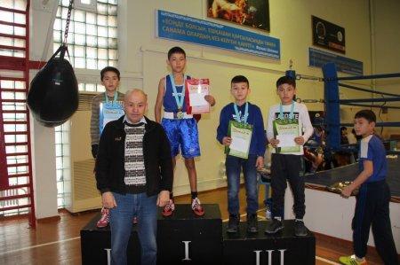 В Актау прошел отборочный турнир по боксу