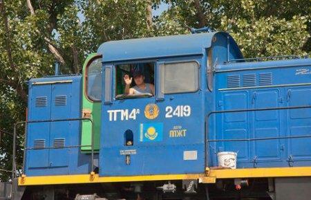 """""""Капитанов"""" казахстанских поездов будут представлять пассажирам"""