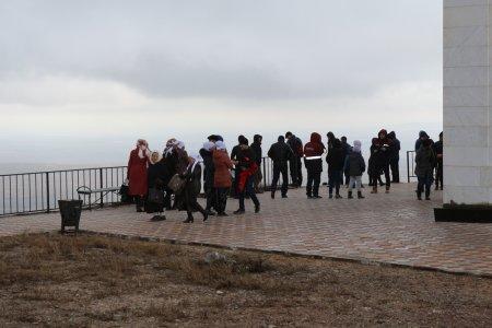 Жители Мангистау встретили праздник Амал на горе Отпан тау