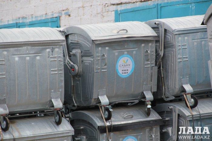 Уркен Бисакаев: В Актау появились евроконтейнеры для мусора