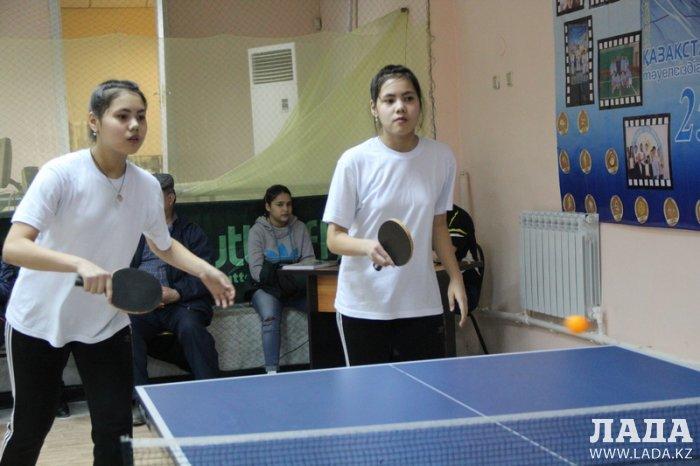 В Актау прошли соревнования по настольному теннису среди школьников