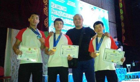 Спортсмены Мангистау завоевали три медали на чемпионате Казахстана по армрестлингу