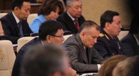 Назарбаев сделал предупреждение казахстанским чиновникам