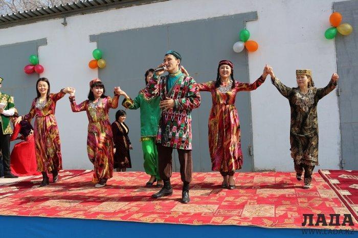 Команды «Матрешки» и «Ынтымак» стали победителями конкурса национальных традиций в ДЧС Мангистау
