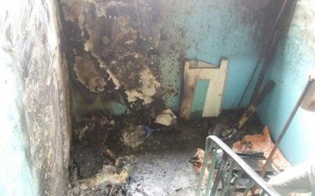 В Актау из-за пожара в подъезде жилого дома эвакуировано 10 человек