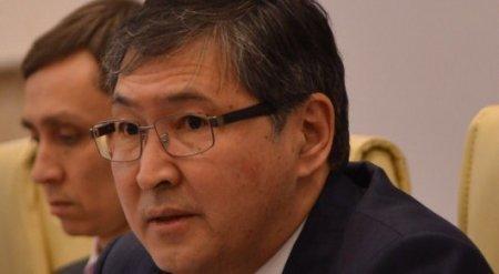 Сагадиев прокомментировал предложение Назарбаевой о продлении учебного года до 1 июля
