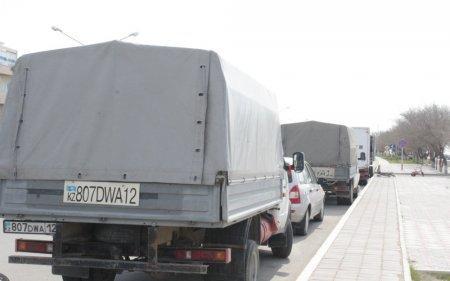Жители Актау жалуются на предпринимателей на набережной 15 микрорайона