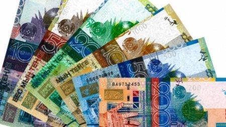 Казахстанские банки будут отчитываться перед клиентами за комиссию