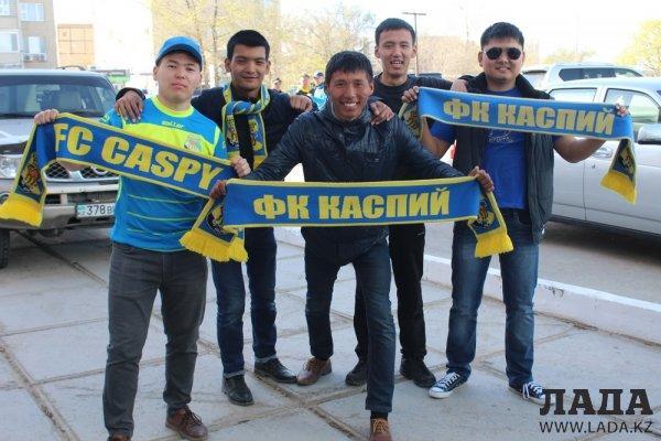 На матче в Актау футбольный клуб «Каспий» уступил «Алтаю» со счетом 0:1
