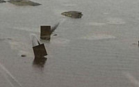 Кажимурат Хайрушев: Торчащие из воды основания труб опасны для жизни