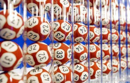 Операторов лотерей обяжут 10% выручки отчислять на развитие спорта в Казахстане