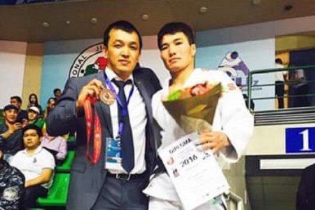 Дзюдоист из Актау Елдос Жумаханов стал бронзовым призером чемпионата Азии в Ташкенте