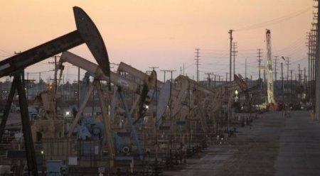 Цены на нефть превысили психологическую отметку в 45 долларов за баррель
