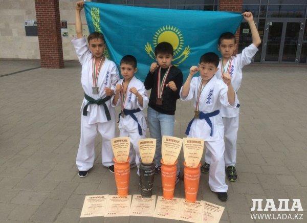 Спортсмены из Актау завоевали десять медалей на чемпионате Евразии по ашихара-карате