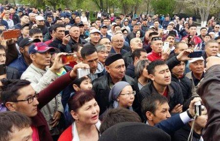 В Семее и Актобе прошли несанкционированные митинги