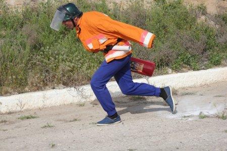 Огнеборцы выявили лучших в пожарно-спасательном спорте в Актау