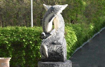 Памятник осетру установили в Атырау