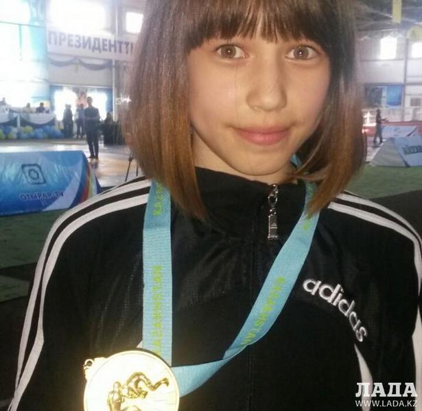 Спортсменка из Актау Марал Танибергенова завоевала золотую медаль на республиканском турнире по вольной борьбе