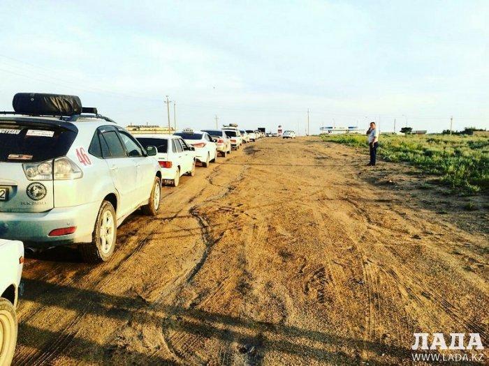 Водители Актау вновь жалуются на дефицит газа на частных АГЗС