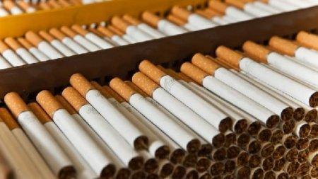 В Казахстане более 18% населения старше 11 лет являются курильщиками