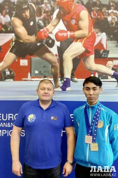 Спортсмен из Актау Аскар Едильбаев победил легенду российского ушу Джамала Ажигирея на чемпионате Европы в Москве