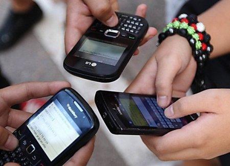 Мобильные операторы начнут кредитовать казахстанцев
