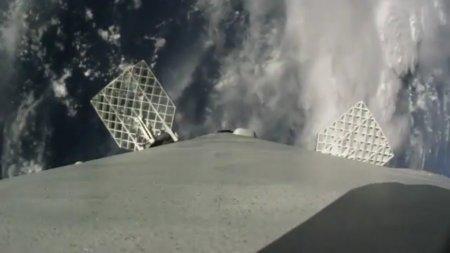 SpaceX опубликовала видео посадки Falcon 9 с установленной на её борту камеры