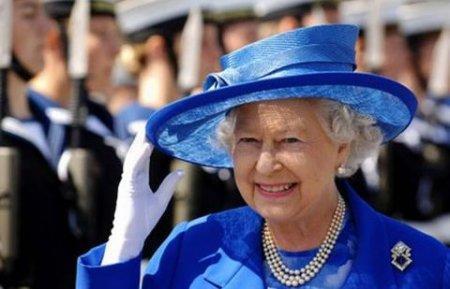 Елизавета II пригласила на юбилей студентку из Актобе