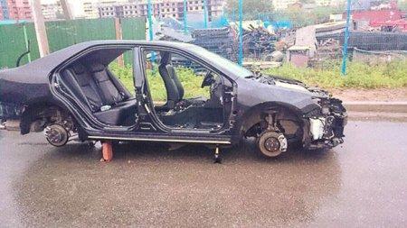 В Хабаровске за пару часов Toyota Camry украли по частям