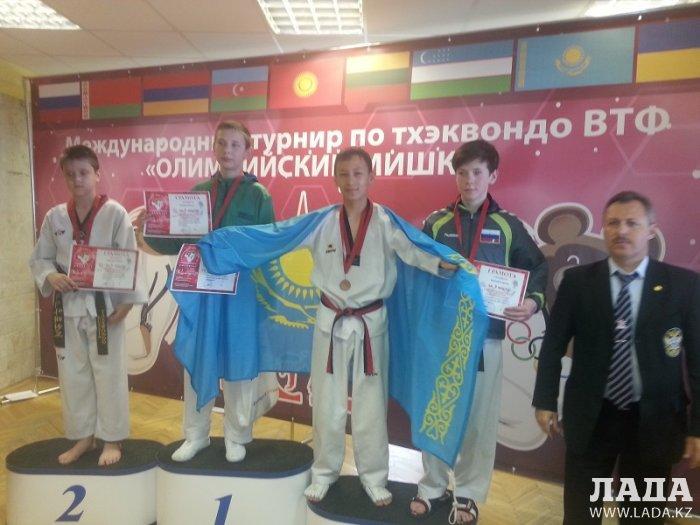 Три бронзовые медали завоевали спортсмены из Актау на международном турнире по тхэквондо в Таджикистане