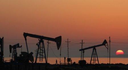Цена на нефть превысила 52 доллара за баррель