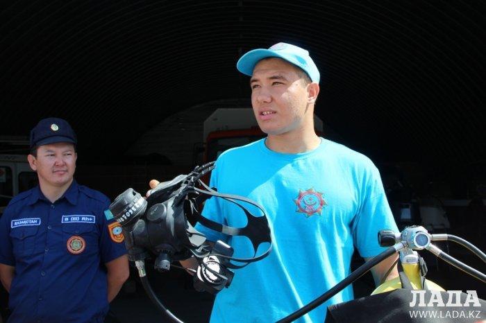Водолазы Актау организовали экскурсию для юных спасателей из центра «Школьник»