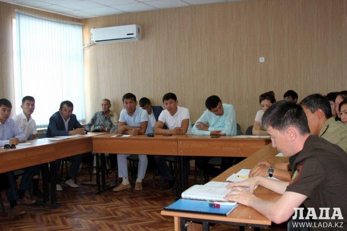 Тему развития пожарного добровольчества обсудили на круглом столе в Актау
