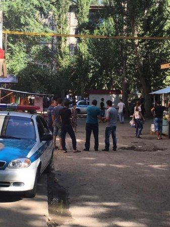 В Таразе оцеплен многоэтажный дом, жильцы эвакуированы
