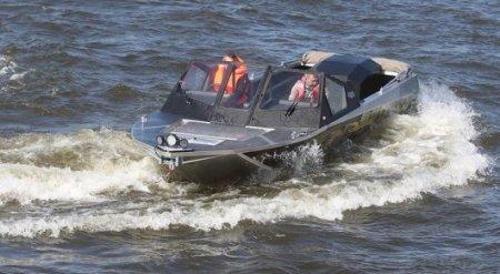 11 детей погибли в результате ЧП на озере в Карелии