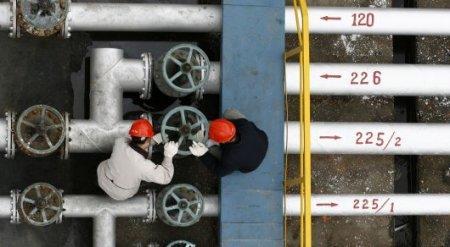 Нефть вернулась к отметке выше 50 долларов