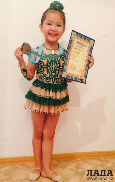 Гимнастки из Актау завоевали 11 медалей на республиканском турнире в Таразе