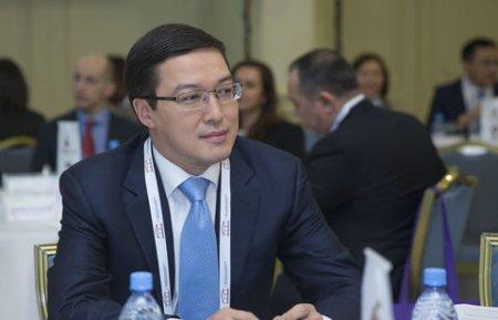Пенсионные деньги казахстанцев оказались ненужными банкам второго уровня - Акишев