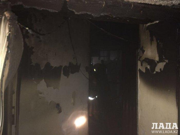 В 8 микрорайоне Актау сгорела баня