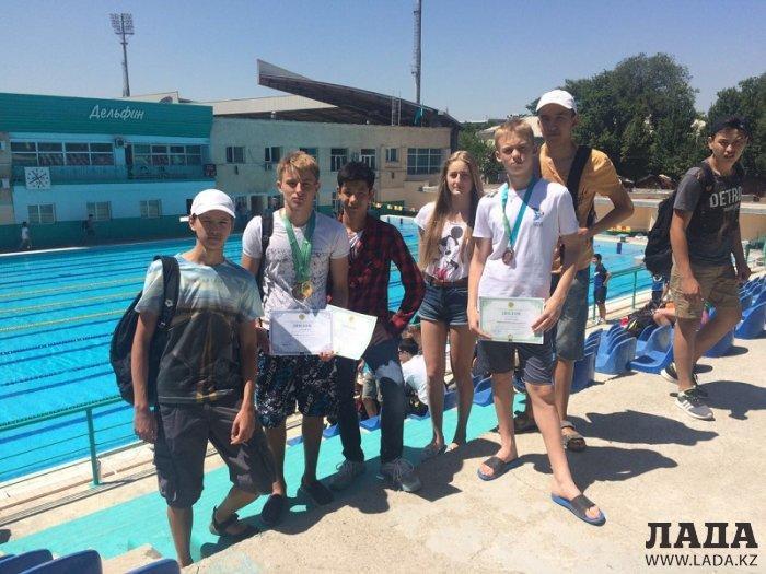 Пловцы из Актау завоевали три медали на молодежном чемпионате Казахстана