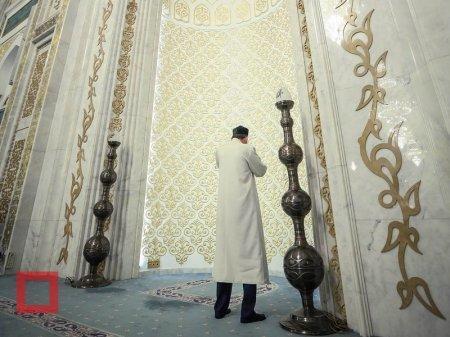 Верховный муфтий поздравил казахстанцев с праздником Ораза айт