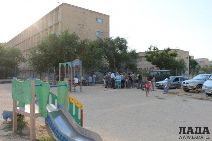Жители 6 микрорайона Актау выступают против строительства детского спортивно-оздоровительного центра рядом с их домом