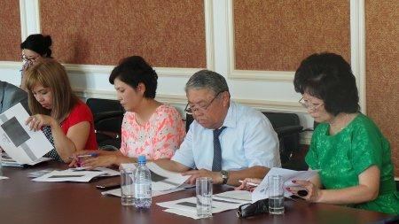 Шолпан Ильмуханбетова: В Мангистау слабо развиваются бизнес-инкубаторы и программы создания индустриальных зон